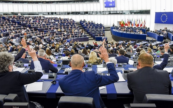 Plenary session week 43 2017 in Strasbourg - VOTES followed by explanations of votes