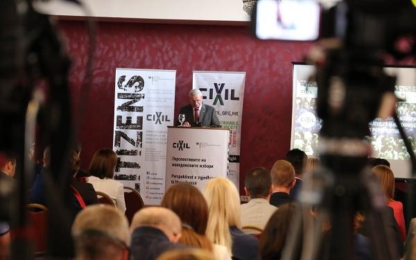 """Фото архива на ЦИВИЛ: Германскиот амбасадор, еден од говорниците на Конферeнцијата """"Перспективите на македонските избори"""", 25 септември 2019 / фото: Б. Јордановска"""