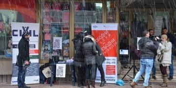ЦИВИЛ во зимски услови, на улица во Штип, 2015