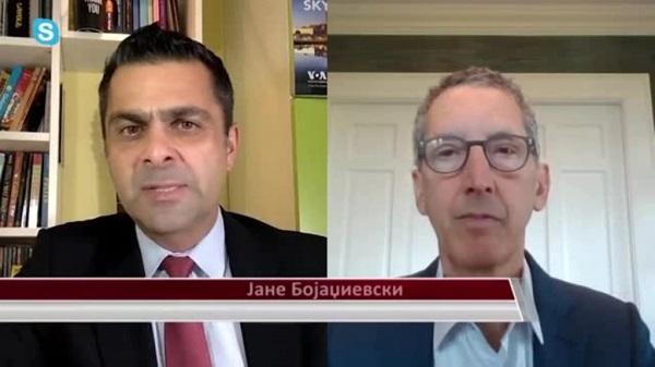 Едвард Џозеф во интервју со Јане Бојаџиевски, извор: Глас на америка на македонски јазик