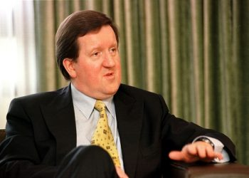 26th May 2000 NATO Secretary General, Lord Robertson, during an interview with the Glasgow Herald. Neg:  17627- 31